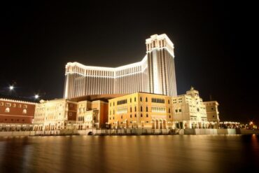 venetian casino macau at night